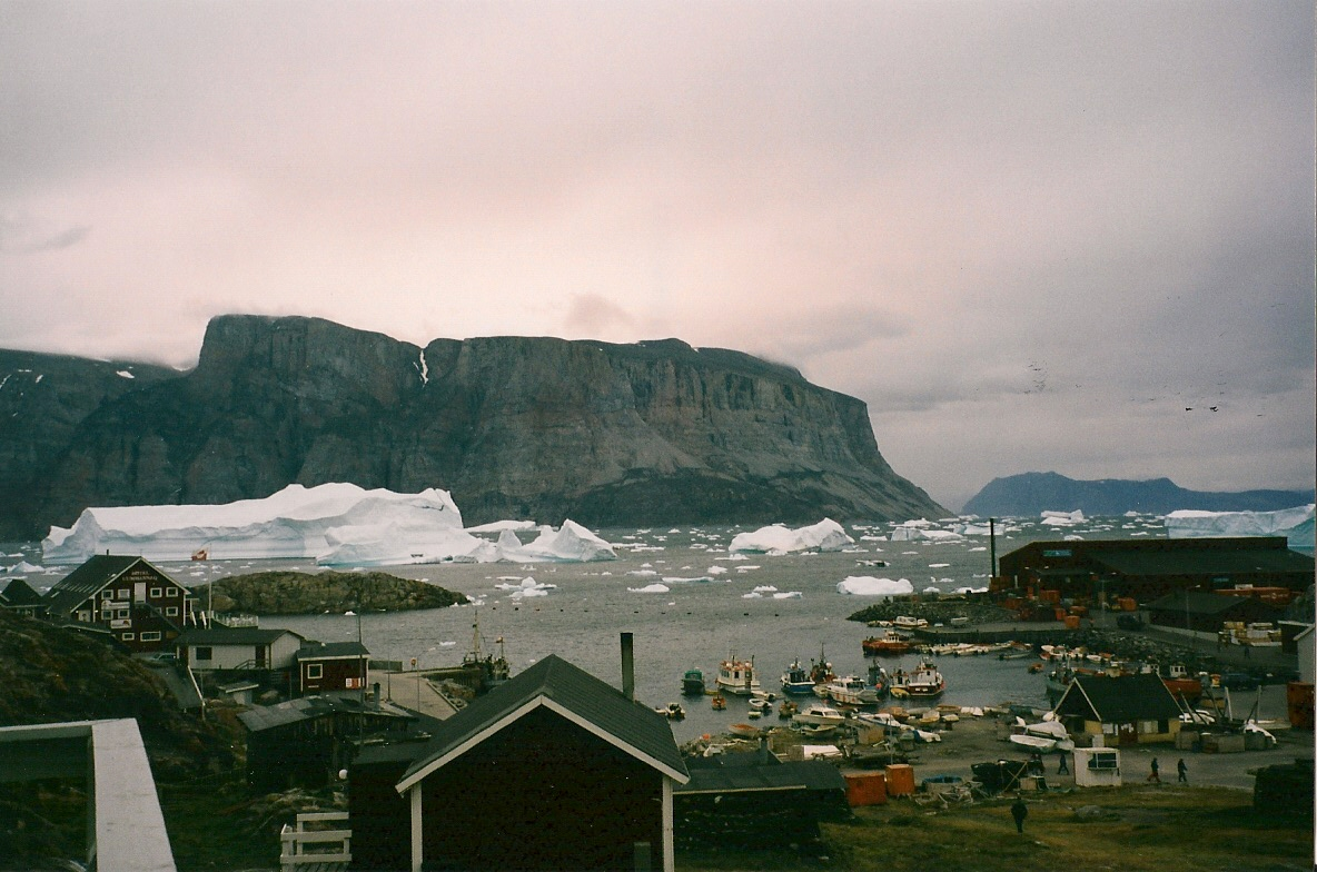 Download the full-sized image of Harbour at Uummanaq, Greenland -- photograph